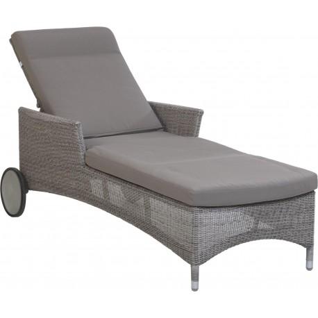 Chaise longue Atoll en résine fine coloris Galet avec coussin marque Kok Maison